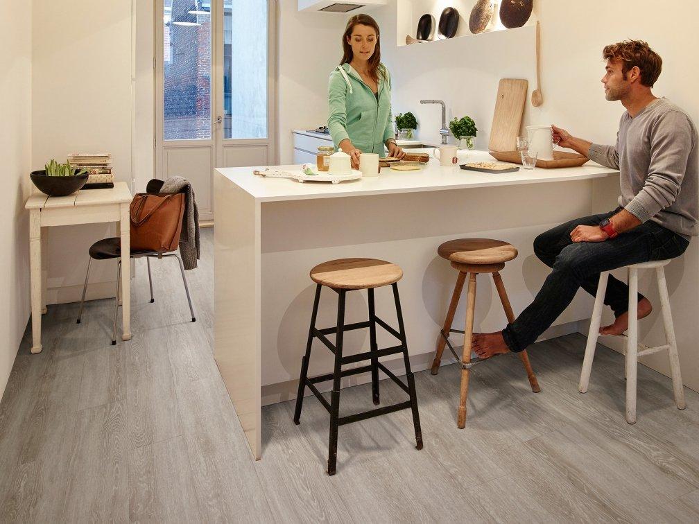 Toulon Oak Vinyl Flooring.jpg